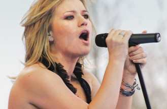 Kelly Clarkson at the Avalon Ballroom